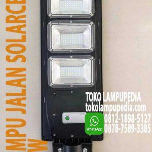 lampu jalan solar cell
